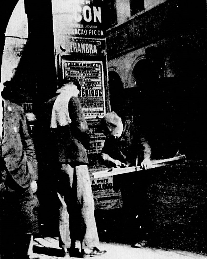 Alger 1932 -un marchand de calentita-